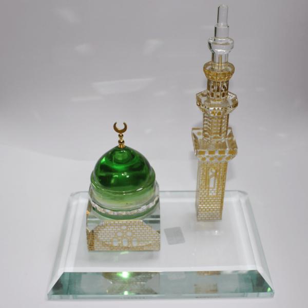 Crystall Masjeed With Minarat